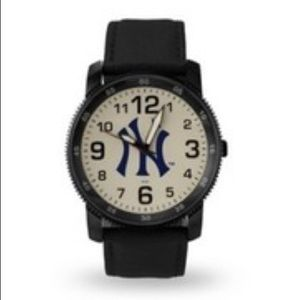 NY Yankees Men's MLB Watch Black Leather Band NEW